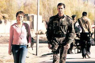 CAUSE: Preity Zinta (left) and Hrithik Roshan in Lakshya